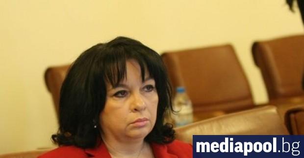 Енергийният министър Теменужка Петкова показа, че за нея няма проблем