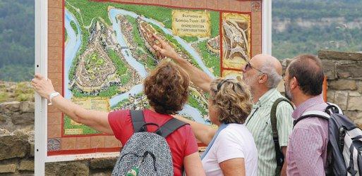 Приходите от нощувки на чужди туристи спаднали с 10% през май