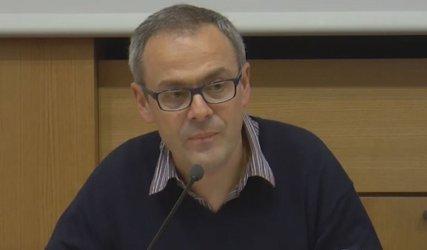 """Проф. Боян Знеполски: Абсурдно е да изхвърляме """"лузърите"""" от обществото"""