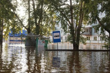 14 загинали и 13 изчезнали при наводненията в руската Иркутска област