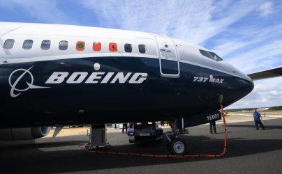 """""""Боинг"""" дава 100 млн. долара на близките на жертвите от двете катастрофи със 737 Макс"""