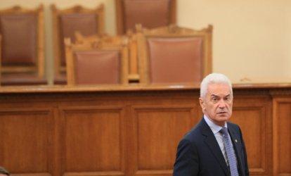 Сидеров до дупка ще иска от ВМРО и НФСБ да обсъдят детронирането му