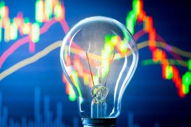 На борсата за ток – двойно по-високи от ЕС цени и взаимни обвинения