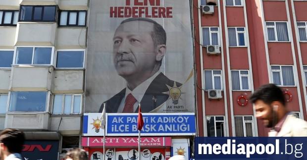 През юни броят на безработните в Турция се