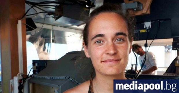 Един от адвокатите на Карола Ракете, капитан на хуманитарния кораб