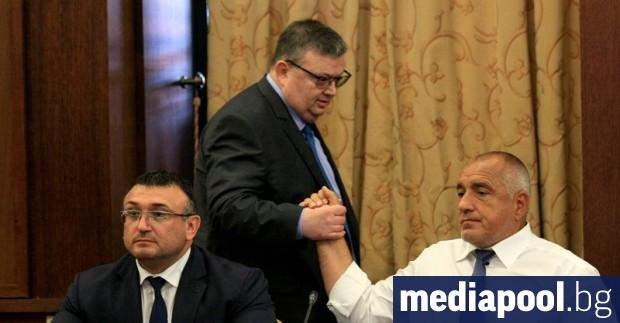 За главния прокурор Сотир Цацаров обратното броене вече започна. На