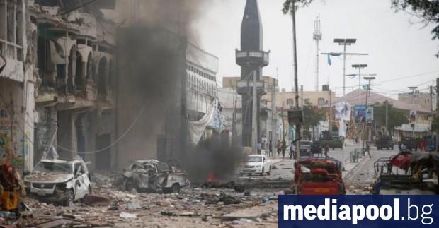 Най-малко 26 души са убити и 56 са ранени при