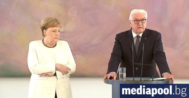 Германският канцлер Ангела Меркел коментира последните пристъпи на треперене по