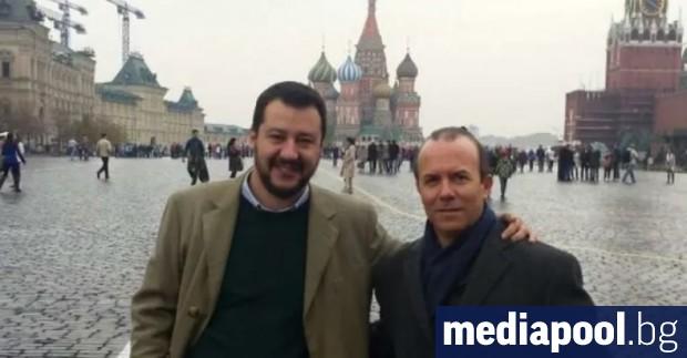 Вицепремиерът и вътрешен министър на Италия Матео Салвини отстъпи днес