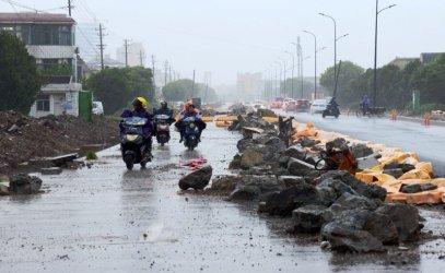 Жертвите на тайфуна Лекима в Китай станаха 45