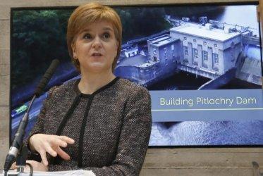 Лидерът на Шотландия предупреди, че иска референдум за независимост