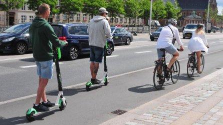 Германия променя правилата за движение в полза на велосипедите и електрическите скутери