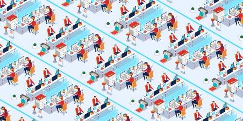 """""""Микроработниците"""" зад дигиталния живот"""