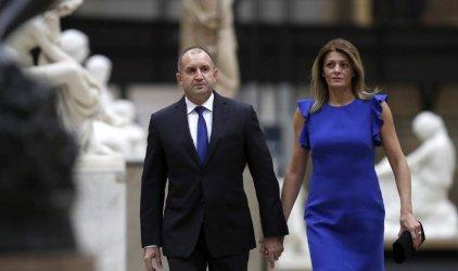 """Антикорупционната комисия """"изчисти"""" Радев за назначението на жена му във ВВС"""