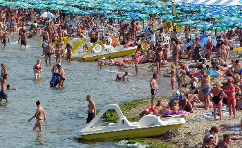 Българите осигуриха ръст на туризма през юни