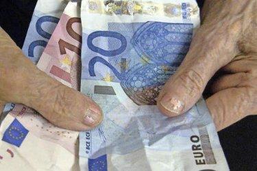 Телефонни измамници откраднаха 2,5 милиона евро от австрийски пенсионери