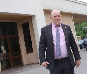 Иван Гешев се оказа приятел със съдружник на свидетеля срещу Иванчева
