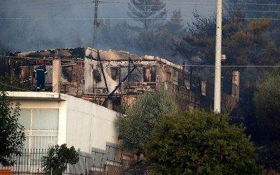 Над 60 горски пожари в Гърция