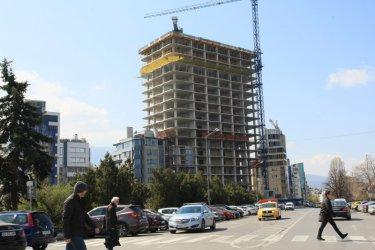 """ДНСК се оправдава с надзора и главния архитект за """"Златен век"""""""