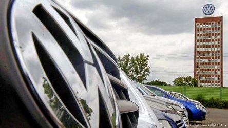 """Караниколов: България превъзхожда Турция за новия завод на """"Фолксваген"""""""