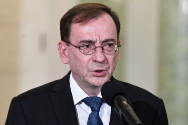 Осъждан за злоупотреба с власт номиниран за министър на вътрешните работи на Полша
