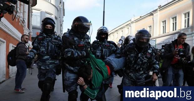 Руската опозиция няма намерение да спира митингите и оспорва забраната