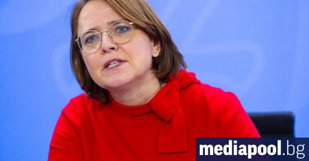 Германският комисар за интеграцията Анете Видман-Мауц отхвърли спорно предложение на