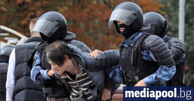 Митинги, протести и шествия - и разрешени, и не, се