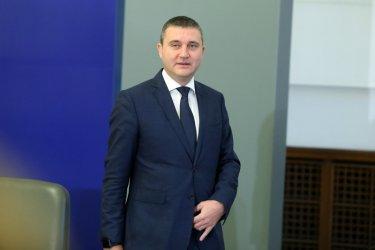 Кабинетът предлага постни данъчни промени преди изборите