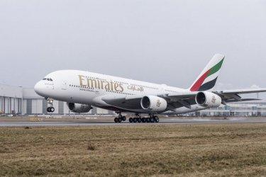 Самолет кацна аварийно на летище София заради болен пътник
