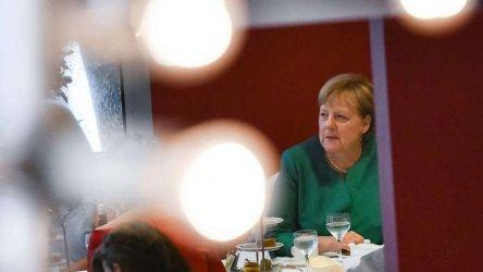 Ще се откаже ли Меркел от емблематичната си позиция за нулев дефицит?