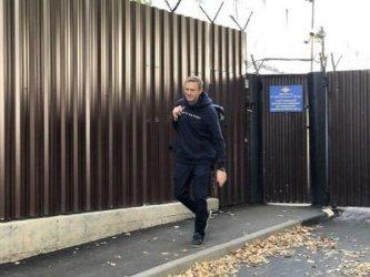 Алексей Навални бе освободен след поредните 30 дни в затвора