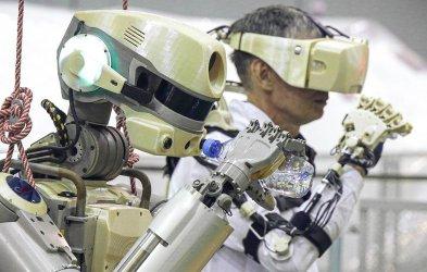 Първият робот излетя към международната космическа станция