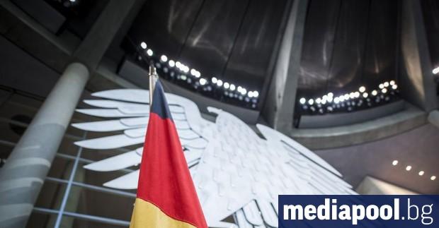 Християндемократите на германската канцлерка Ангела Меркел печелят регионалните избори в