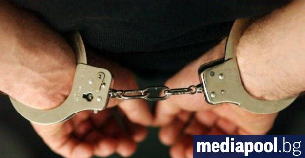Снимка: Прокуратурата вече хвърля в ареста за драскане върху некролог