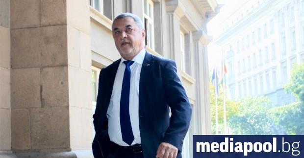 Снимка: Валери Симеонов вещае промени в управляващата коалиция