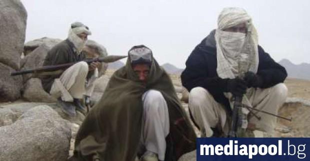 Афганистански войски, подкрепени от американски части, убиха двама талибански лидери