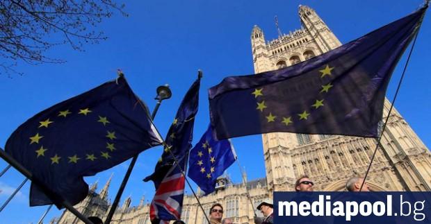 Повече от половината британци подкрепят идеята евентуалното крайно споразумение за