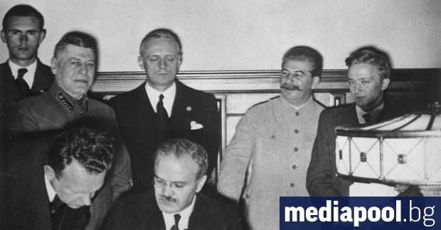 Пактът между нацистка Германия и Съветския съюз за преначертаване на