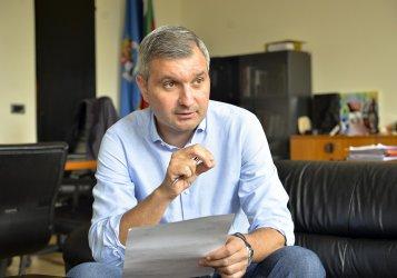 Елен Герджиков: Опитът ни спира да даваме нереални обещания, както правят опонентите