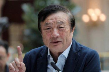 Шефът на Хуавей е готов да даде лиценз за 5 Джи технологията си на американска компания
