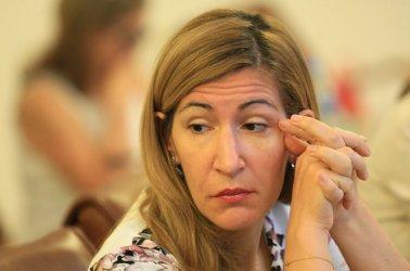 Ангелкова: Няма застраховка на туроператор, която да покрива щетите на бизнеса