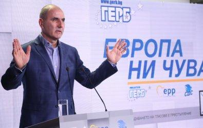 Цветанов: С Борисов не сме приятели, той е заобиколен от подмазвачи