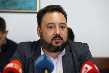 Журналисти от БНР: Отстраняването на Костов е единственият разумен изход