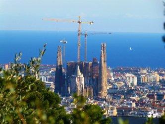 Екатерина Захариева откри новото консулство в Барселона