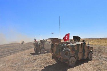 Турската армия ще пресече скоро границата към Северна Сирия, кюрдите са готови да се сражават
