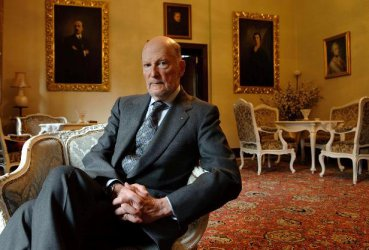 Сакскобургготски: Парламентарната монархия е най-демократичната система