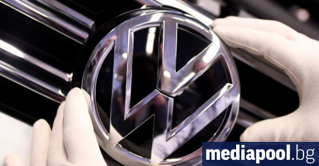 Критиките срещу решението на Фолксваген да строи новия си завод