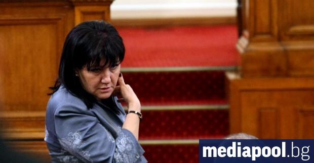 Председателят на парламента Цвета Караянчева е била успешно оперирана в