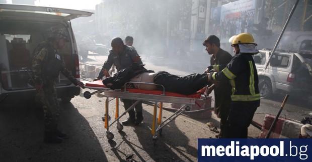 Най-малко 24 души бяха убити, а 31 - ранени, при